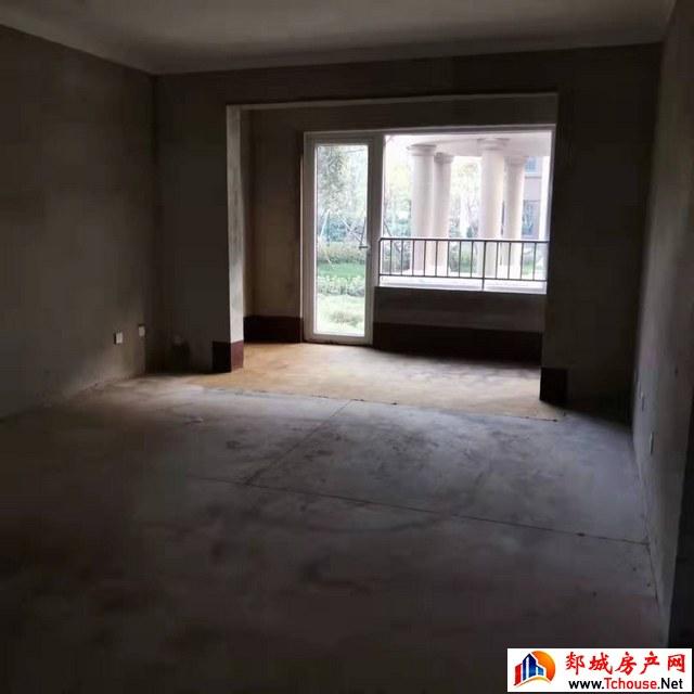 书苑府邸 4室2厅 141.34平米 毛坯 120万元