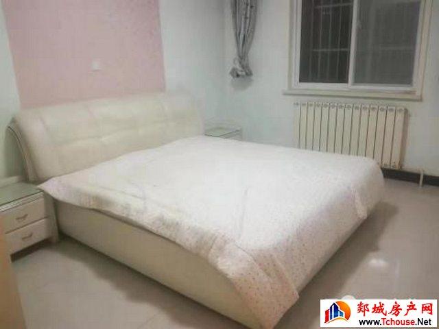 檀都 3室2厅 120平米 精装修 15000元/年